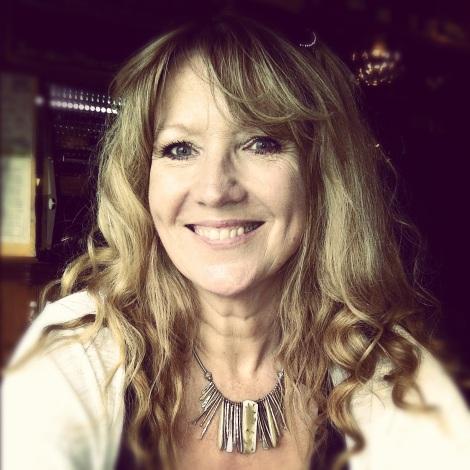 Lynne Barratt-Lee