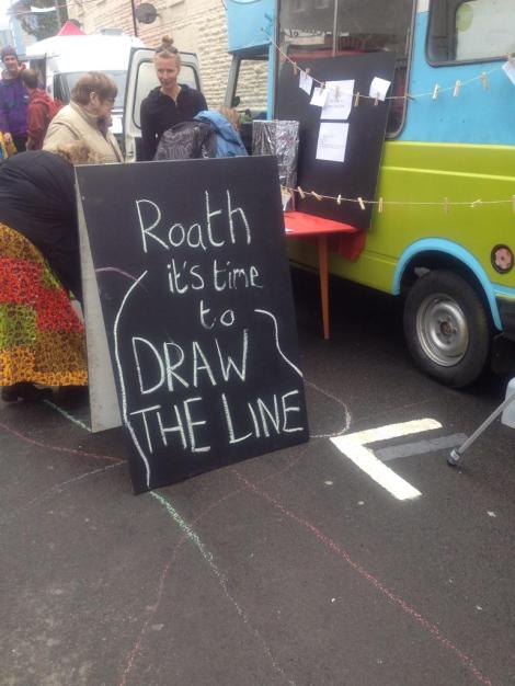 a blackboard that says 'Roath draw the line'